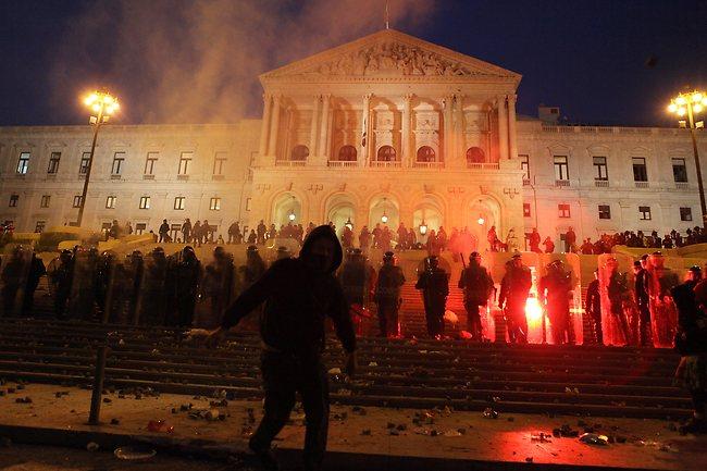 247918-austerity-riots